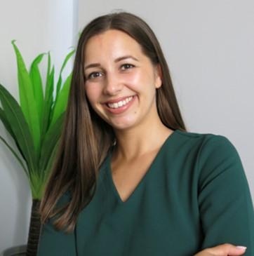 Accelerate Finance & Legal Recruitment - Zsuzsanna Petro